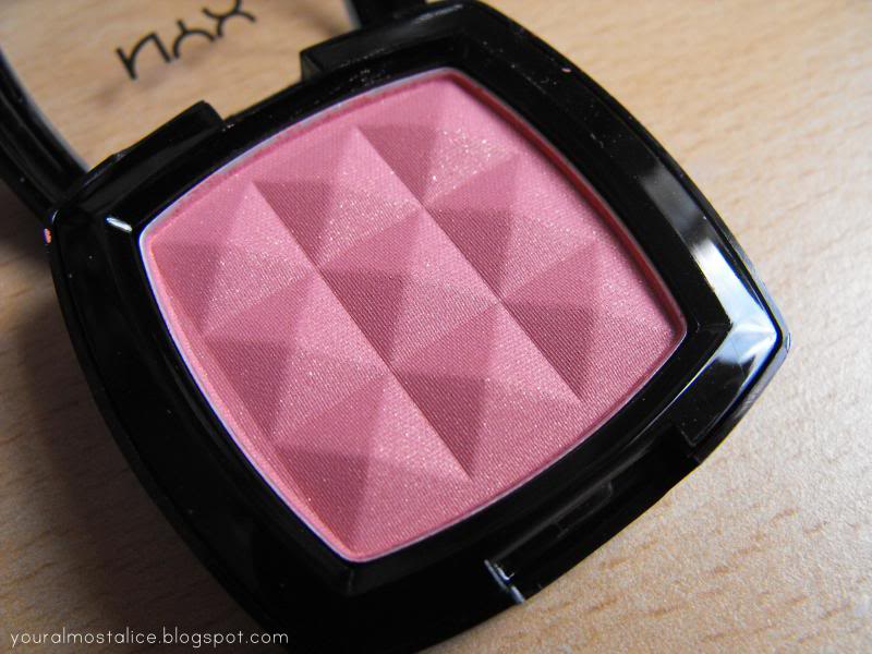 NYX Blush in Summer Peach