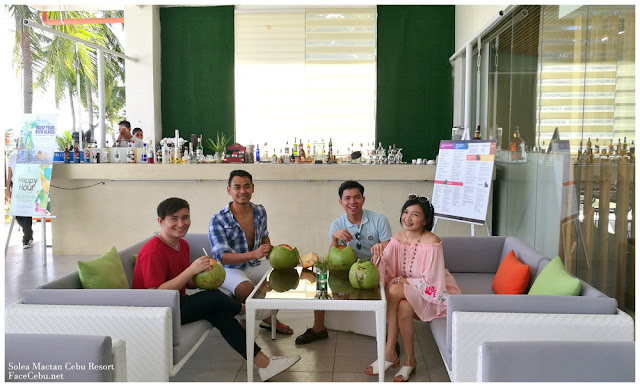 CBS Bloggers at the Pool Bar of Solea Mactan Cebu Resort