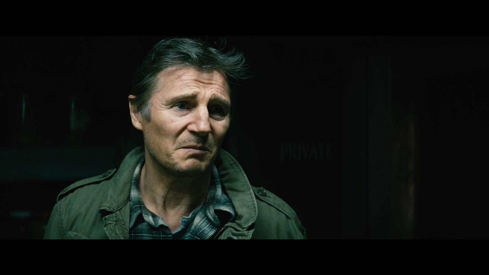 Una Noche Para Sobrevivir (2015) 1080p BD25 1