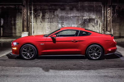 Ford Mustang GT Performance Pack Level 2 (2018) Side