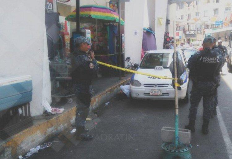 Ataque a base de taxis deja dos choferes ultimados en Acapulco, Guerrero