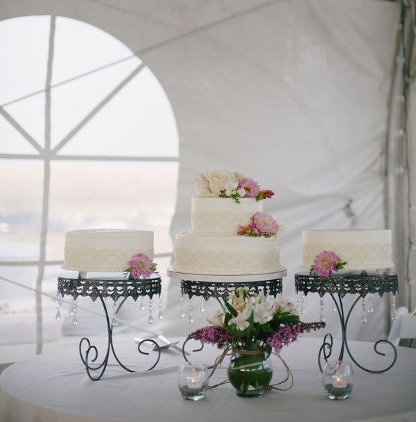 bridal+white+wedding+shabby+bride+chic+pink+gold+white+outdoor+summer+spring+wedding+floral+arrangements+tent+flowers+bouquet+lace+programs+menu+cake+table+bridesmaids+dresses+hair+peach+rose+reyna+wilton+photography+15 - Marshmallow Pink
