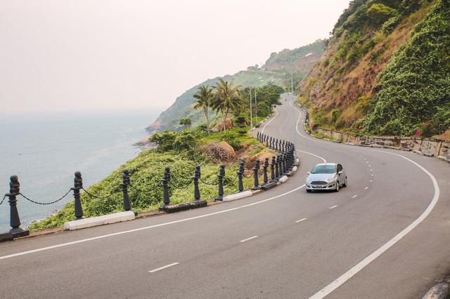 Chạy thử Ford Fiesta Ecoboost từ Hà Nội ra Đà Nẵng