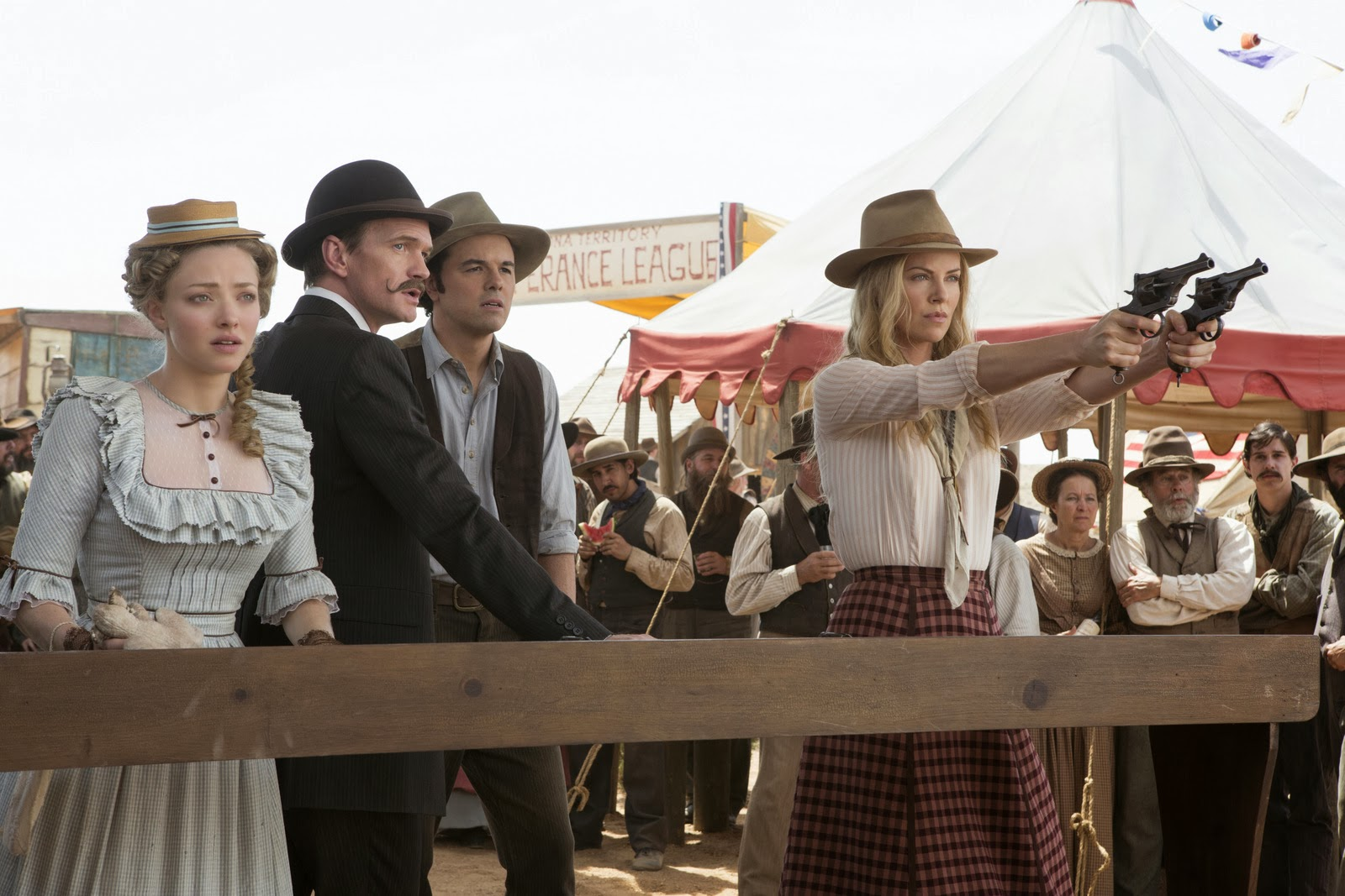 Sinopsis Film A Million Ways to Die in the West 2014