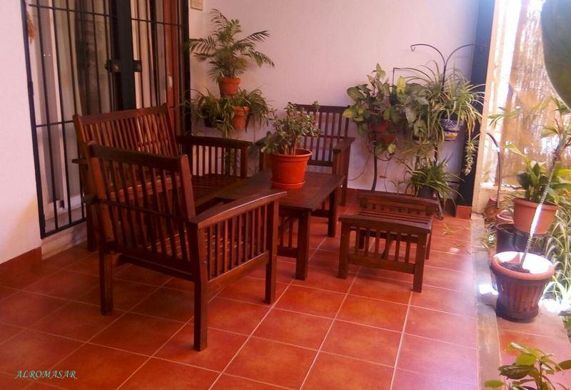 ALROMASAR: Restauración de mobiliario para el porche de Encarnita