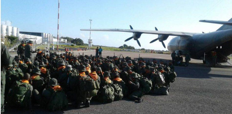 Jefes del chavismo piden a Fuerzas Bolivarianas apuntar bases en Colombia / TWITTER