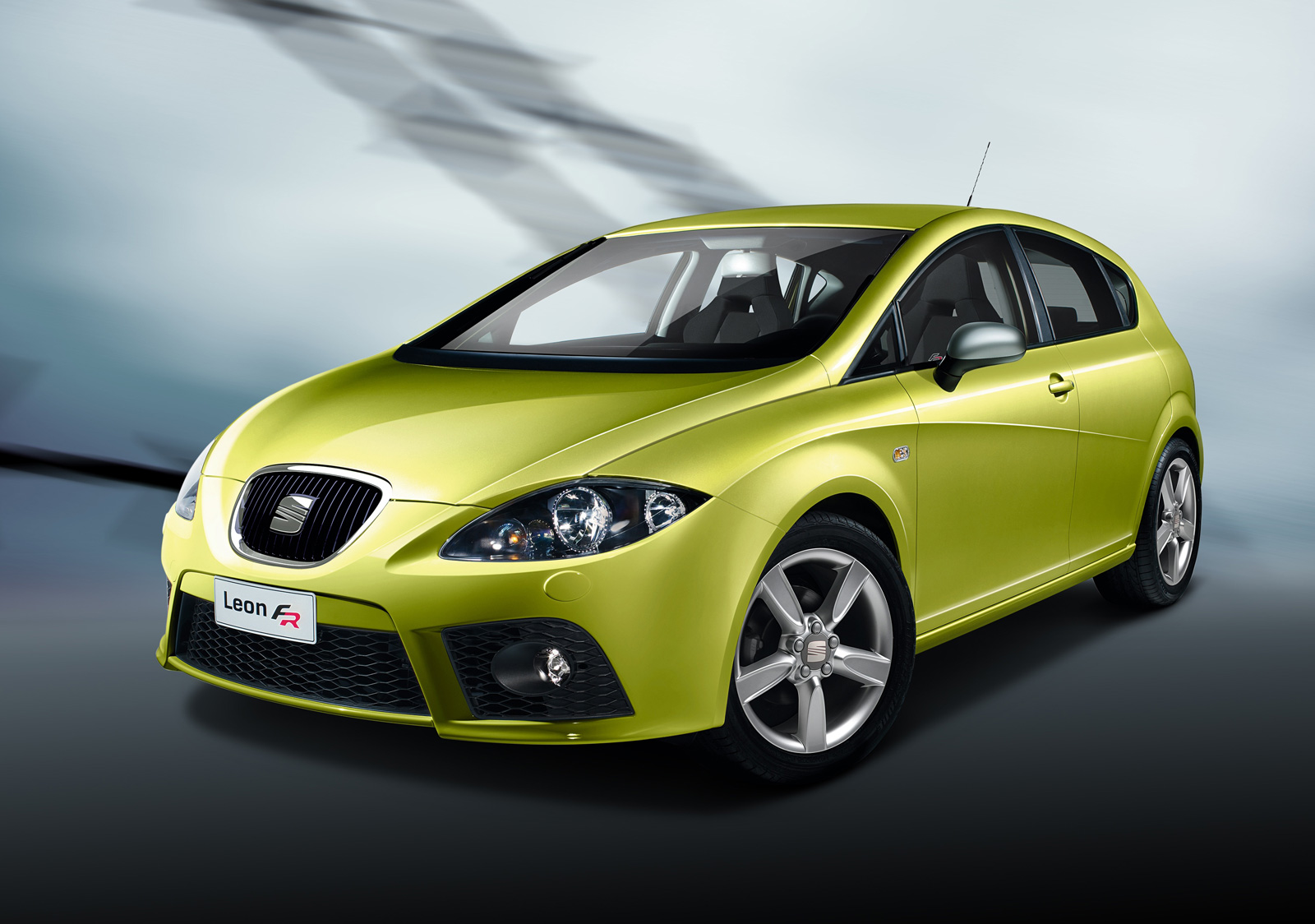 2011 seat leon f r with 118 mph everlasting car. Black Bedroom Furniture Sets. Home Design Ideas