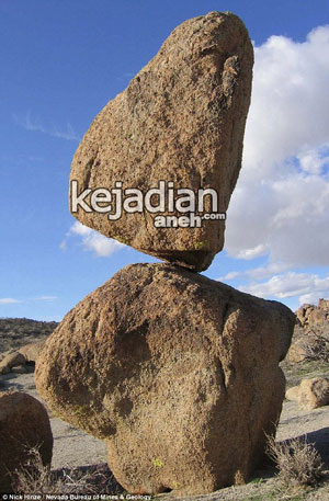 fenomena batu ajaib menjadi keajaiban dunia