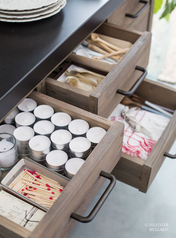 Organized drawers provide a home for each and every item that you own.  Learn more ways to keep your home clean at www.andersonandgrant.com.  (Image via Heather Bullard)