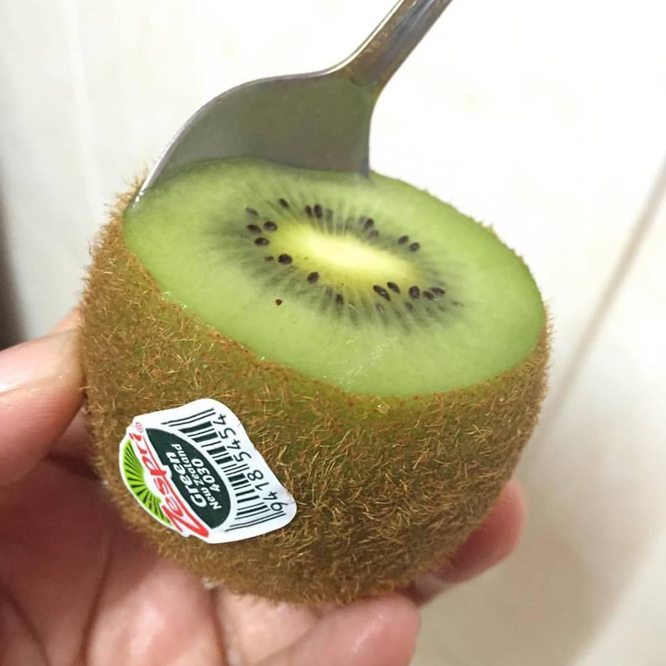 What kiwi eat