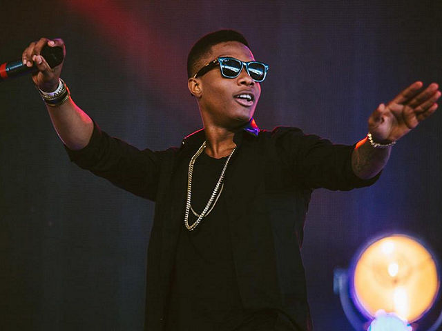 Wizkid Reacts To The Awkward Encounter With Eva Alordiah's Man At The Headies.