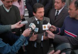 Avanza causa por los sobres con dinero en Departamental La Plata
