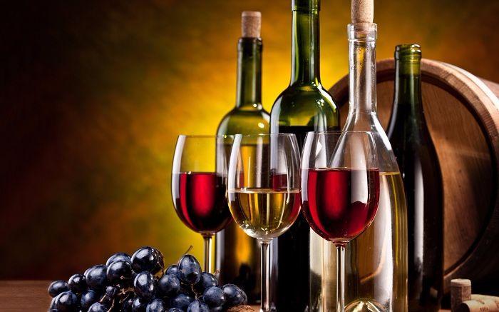 Tặng rượu mong muốn gia đình phồn vinh, sung túc