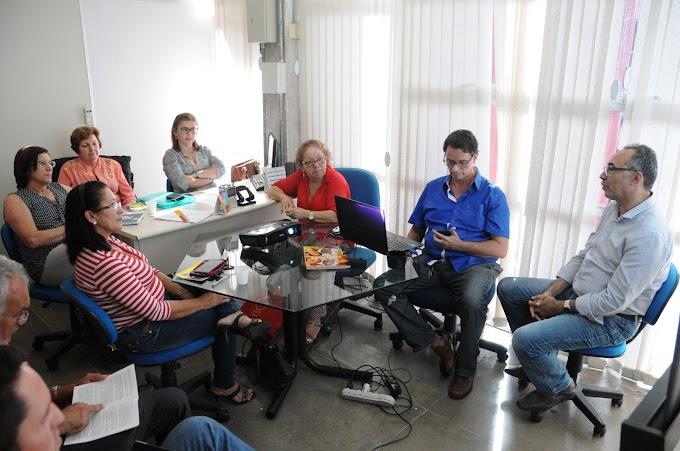 Nova gestão da Educação faz reunião sobre Plano de Cargos e Salários com presença do Sinte-RN