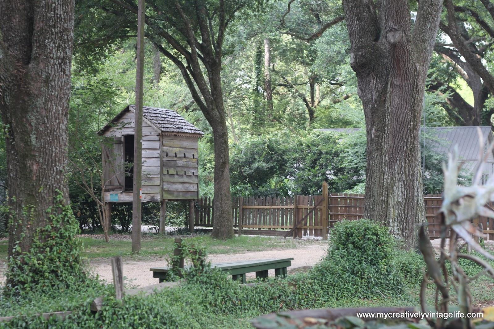 The Pickin Pair Louisiana Rural Life Museum A Picker S