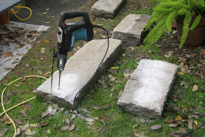 Splitting Stone with Feathers, Wedges & Chisels pt1