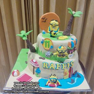 Kue Tart Minion Birthday Cake Tingkat