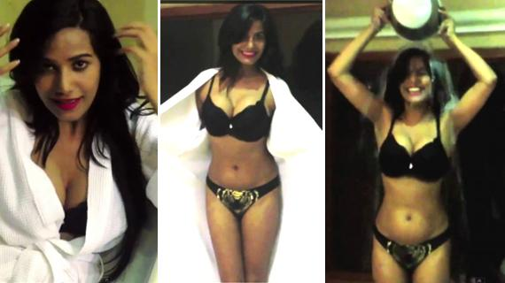 Poonam Pandey Spicy Show with hot exposing thighs & Clevage Navel Queens