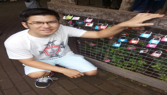 Gembok Cinta di Farm House Lembang