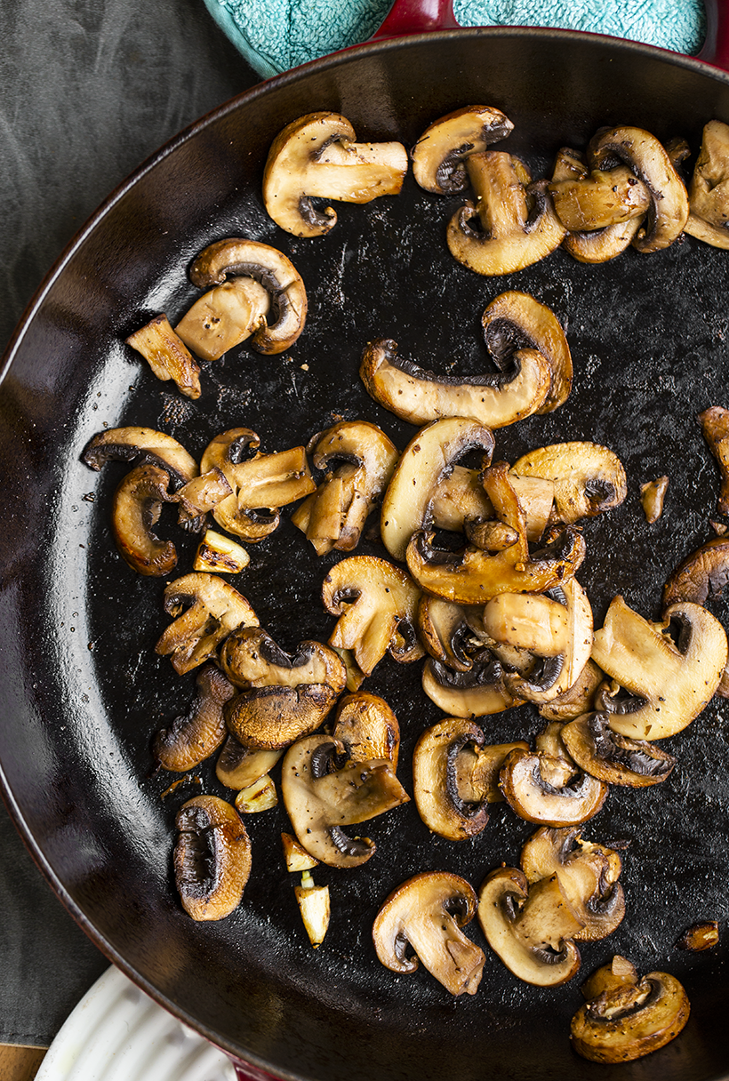 mushrooms in skillet