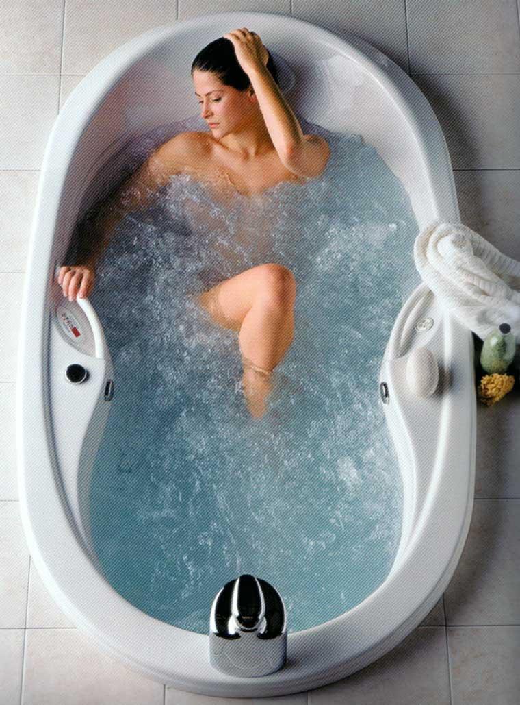 ROSE WOOD FURNITURE jacuzzi bathtubs