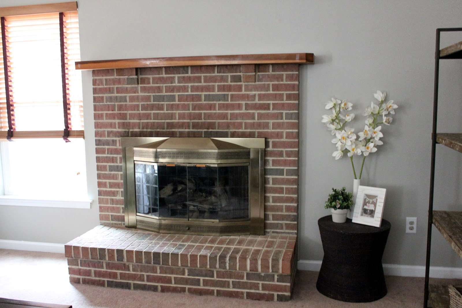 Paint Colors That Go With Red Brick Fireplace Living Room Colors That Match Red Brick Modern Home