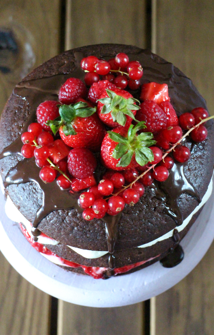 naked-cake-de-chocolate-y-frutas-del-bosque, chocolate-berries-naked-cake