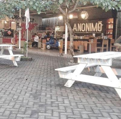 10 Tempat Ngopi Di Medan, Paling Asyik Untuk Nyantai, Konkow dan Nongkrong
