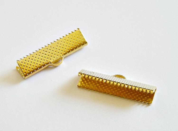 Gold ribbon crimp ends