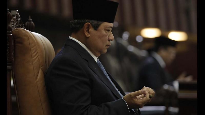 SBY saat berdoa