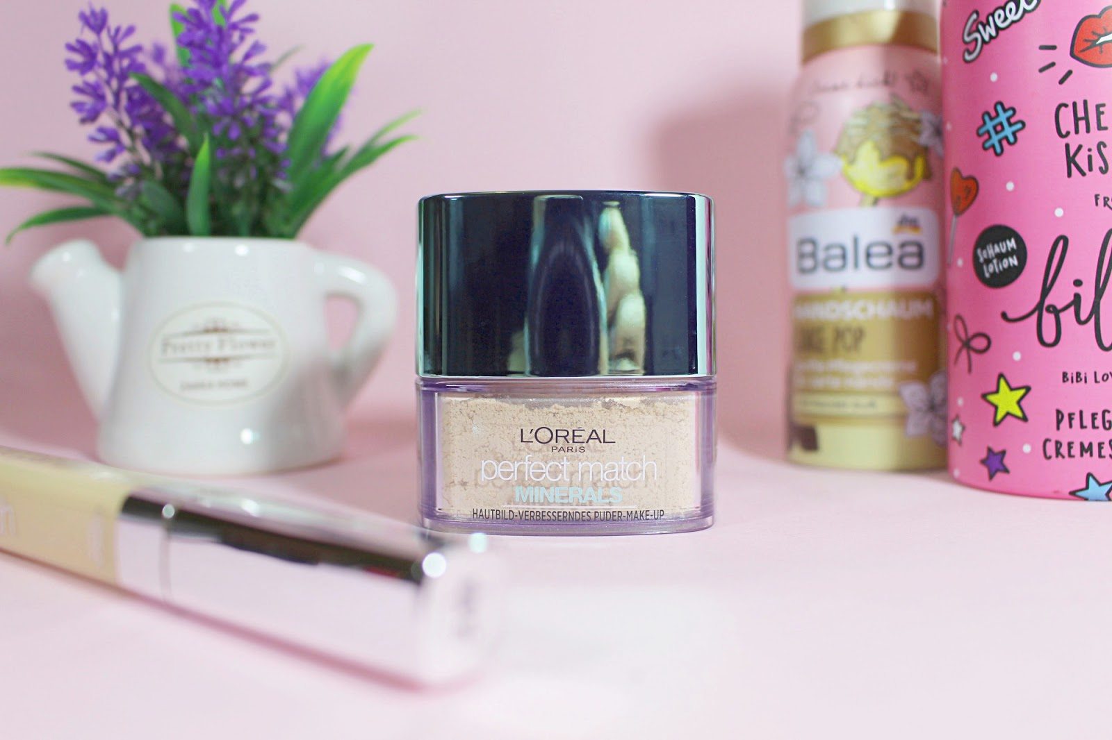 mineral drugstore makeup review loreal base foundation products blogger pictures