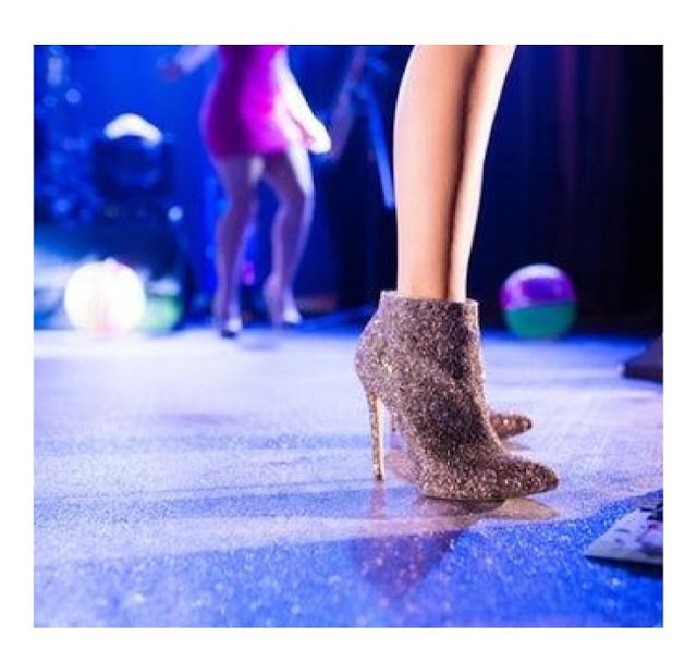 refashion your winter boots and shoes with stylish glitter