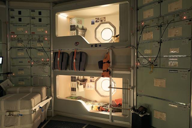 Trong suốt 209 ngày đến Sao Hỏa, các phi hành gia sẽ ngủ bên trong những buồng ngủ trên tàu Daedalus.