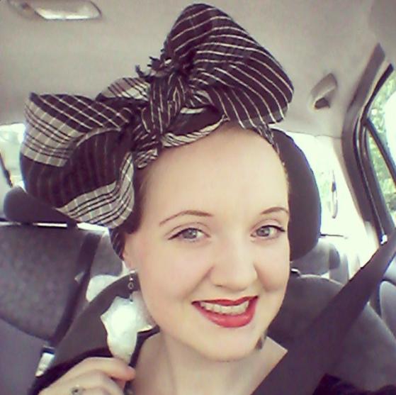 Flashback Summer: 1930s Zanzibar Dress, head wrap Africa earrings