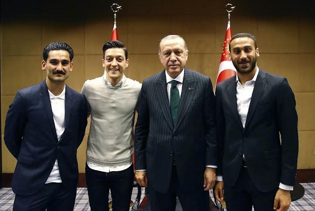 Erdogan Buka Suara Soal Oezil