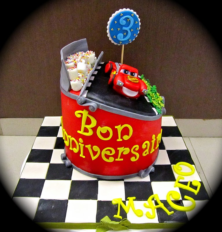Sweet April The Story Of April Cars Cake