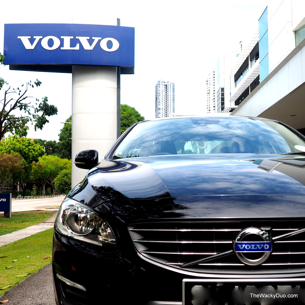 Volvo S60 D2 : Our First Diesel Ride | The Wacky Duo