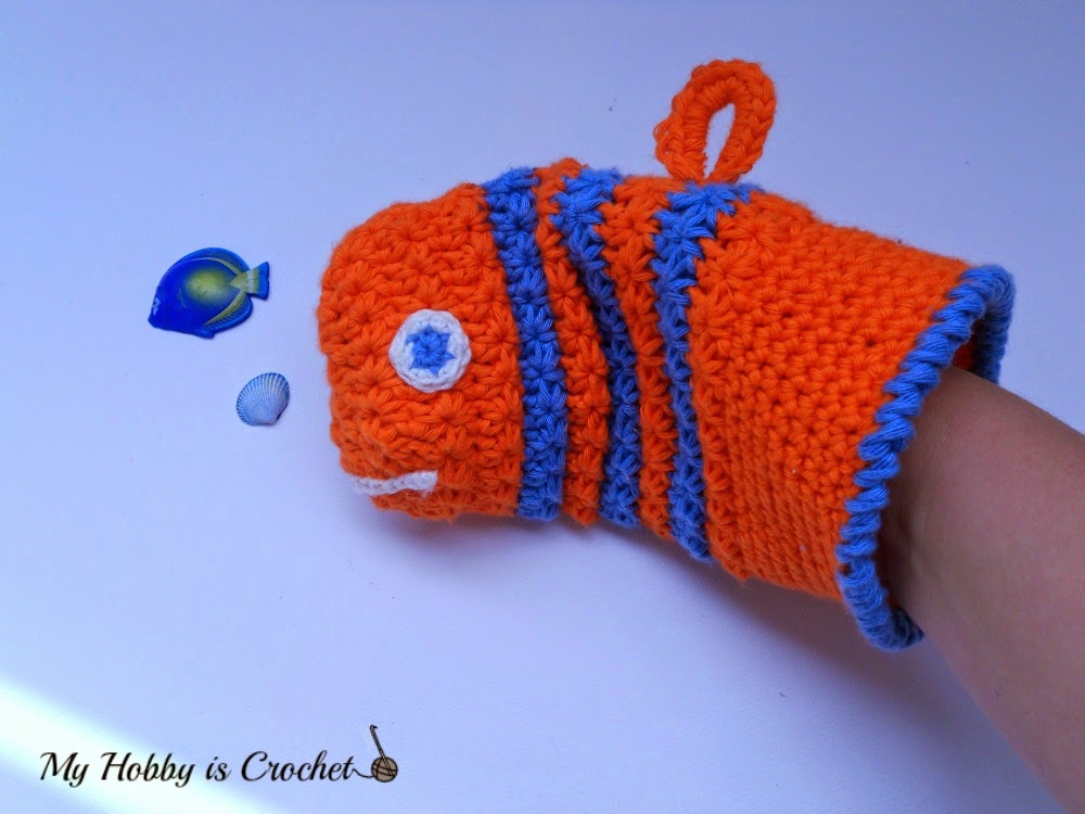 Fish Bath Mitt (star stitch) - Free Crochet Pattern with Tutorial