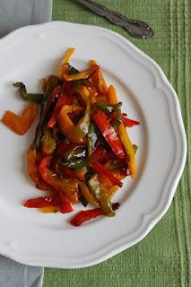 Гарнитура от пържени пиперки