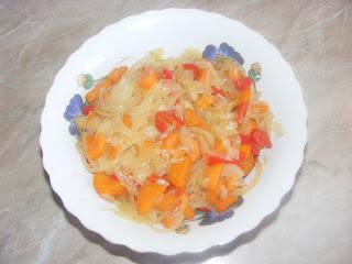 Ceapa morcovi si ardei calite reteta,