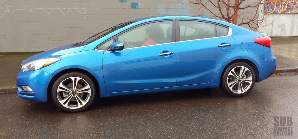 2014 Kia Forte EX review - side picture