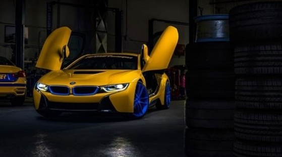 Luxury Car Magazine Blog Bmw I8 With Sparkling Yellow Color For