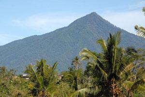 Jalur Pendakian Gunung Batukaru
