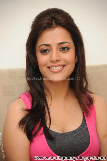 Nisha agarwal latest  show pics