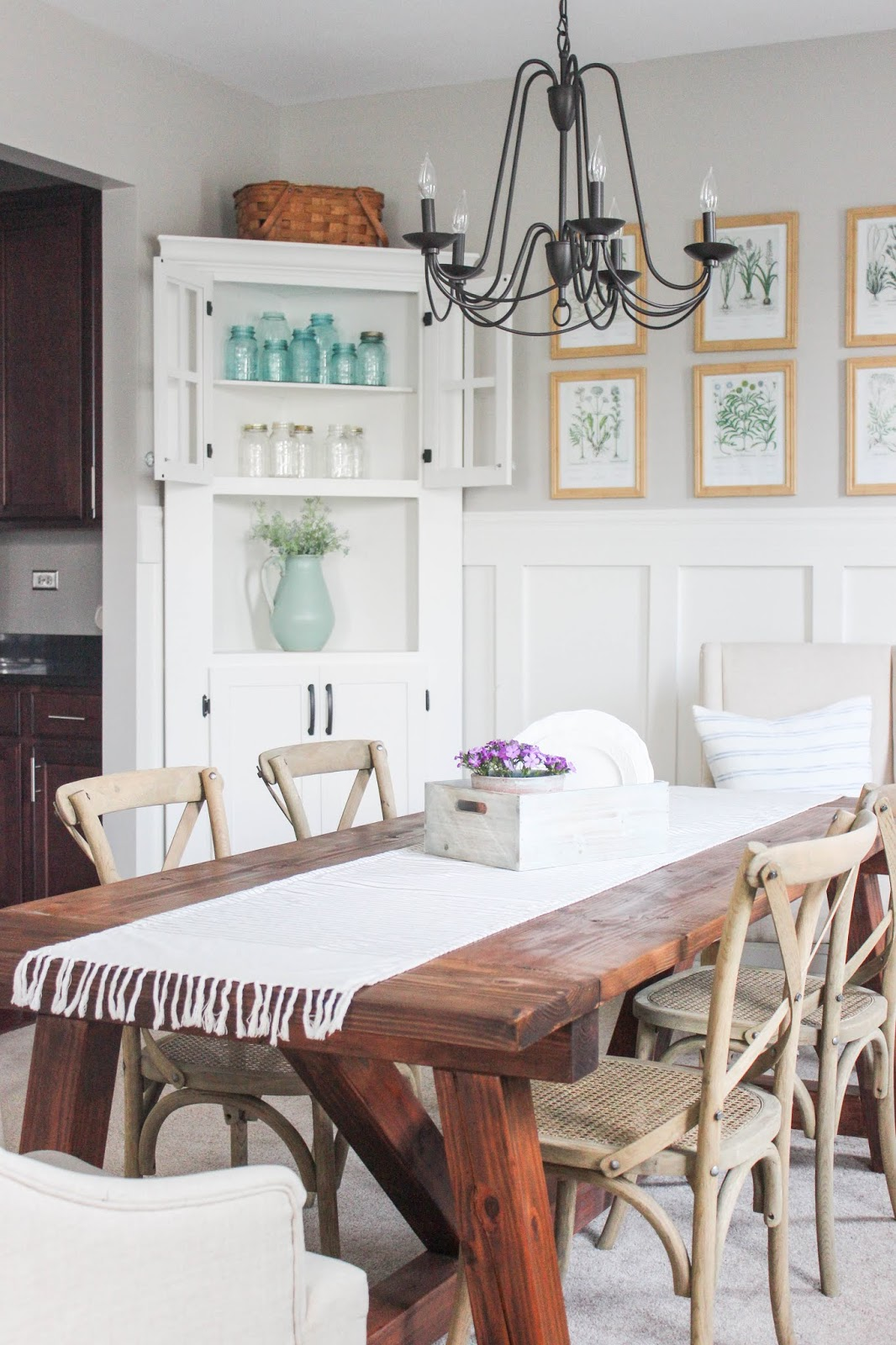 farmhouse dining room cabinet decor