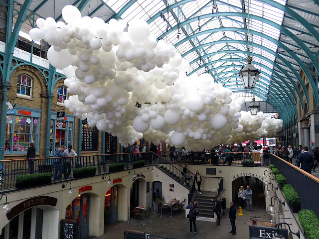 Heartbeat by Charles Pétillon, Market Building, Covent Garden, London