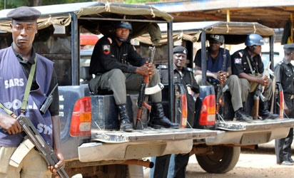 Notorious Man Call Buhari, Others Escape From Police Cell