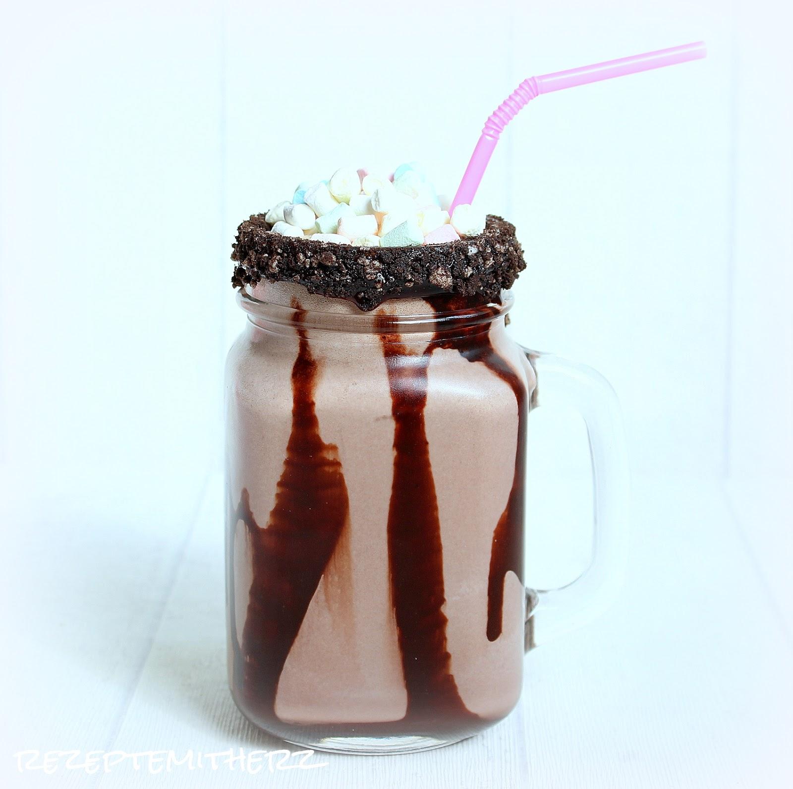 rezepte mit herz s mores milkshake milchshake. Black Bedroom Furniture Sets. Home Design Ideas