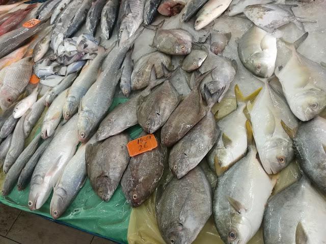 Borong makanan laut di Pasar Pasir Penambang