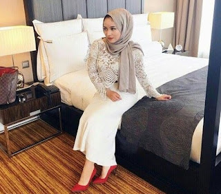 Foto ibu tunggal jelita suri hati Hafiz Hamidun .. selamat bertunang hari ini (8 Gambar)